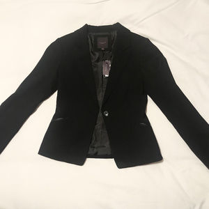 Sleek Black Blazer